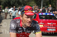 When Lance Armstrong helps young cyclists to progress in the Critérium International 2010