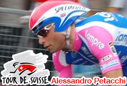 Alessandro Petacchi wins the 4th stage in the 2010 Tour of Switzerland after a fall in the final