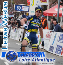 Lieuwe Westra (Vacansoleil-DCM Pro Cycling Team) confirms his good condition and wins the Classic Loire Atlantique