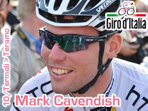 Mark Cavendish can laugh again after winning the sprint in the Giro d'Italia 2011