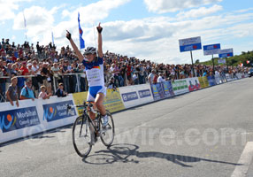 Annemiek van Vleuten wins the UCI World Cup ladies with a victory in Plouay