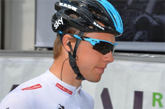 Critérium du Dauphiné 2012: 3/ Edvald Boasson Hagen wins the disturbed sprint of the 3rd stage