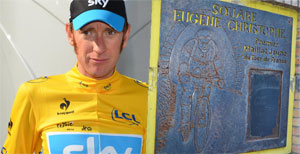 The Tour 2012 yellow jersey for Brad Wiggins, did you know the first to wear it was Eug�ne Christophe?