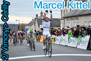 Parijs-Nice 2013: Marcel Kittel voluit naar de finish in Cérilly
