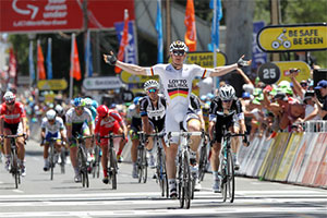 André Greipel takes the stage, Simon Gerrans a new record in the Tour Down Under 2014!