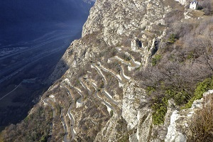 The climb of the Lacets de Montvernier in video - 18th stage of the Tour de France 2015