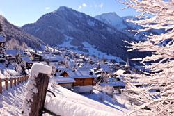Châtel en hiver - © JF Vuarand, source : Châtel Tourisme