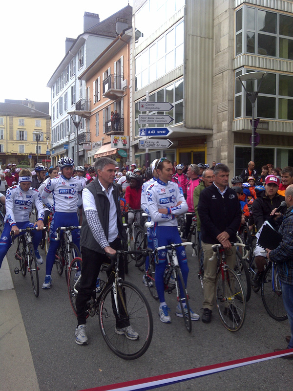 The start location of the 12th tour de france 2012 stage - Office du tourisme saint jean de maurienne ...
