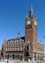 The town hall of Armentières - © lilas59, Creative Commons licence