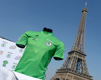 The new green jersey for the Tour de France 2015 (Škoda) - © ASO / Bruno Bade