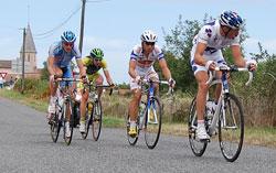 Le groupe de 5 coureurs - Mathieu Ladagnous, Julien Simon, Niels Brouzes, Sébastien Duret et Stéphane Augé