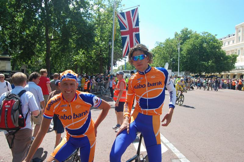 Thomas Dekker and Michael Boogerd before the start of the Tour de France 2007 in London