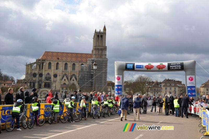 De start in Mantes-la-Jolie