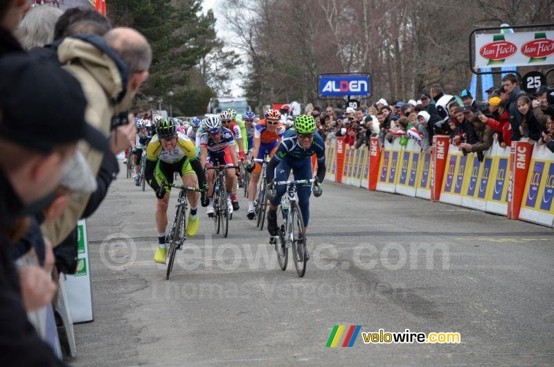 Simon Gerrans (GreenEDGE) & Alejandro Valverde (Movistar) betwisten de sprint