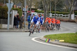 The peloton controlled by FDJ BigMat