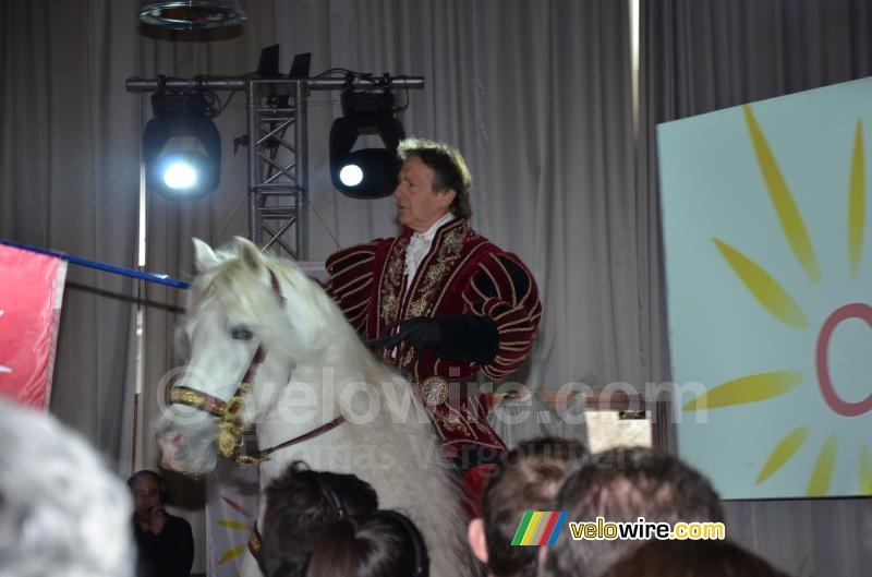 The presentation started with a horse in the room (2)