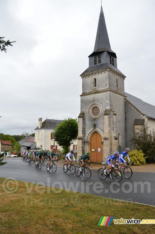The peloton in Malicornay
