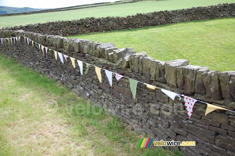The English walls decorated
