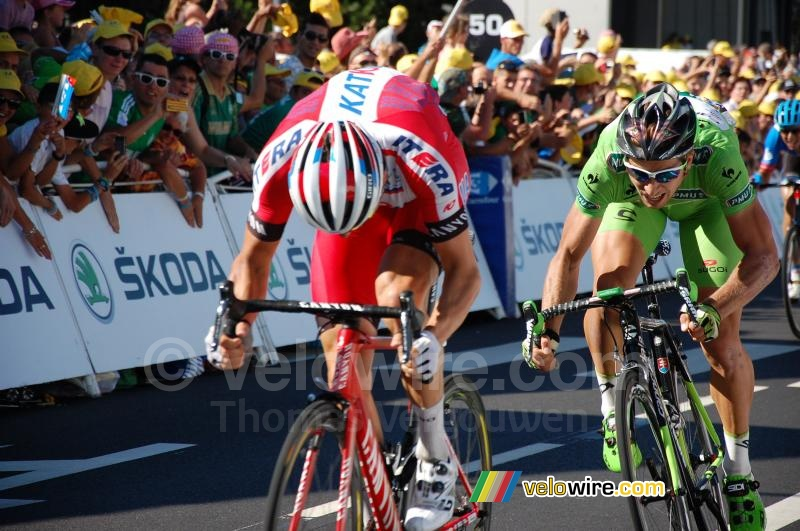 Peter Sagan (Cannondale) next to Alexander Kristoff (Katusha)