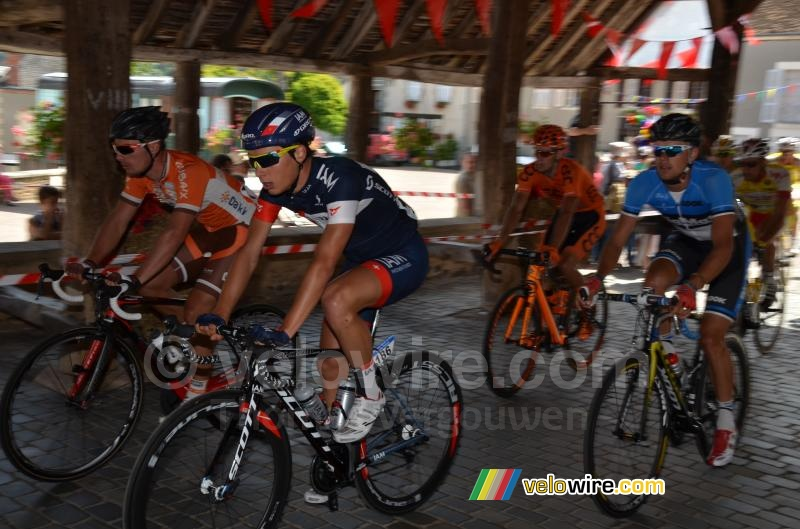 Simon Pellaud (IAM Cycling) under the hall in Sainte-Severe-sur-Indre