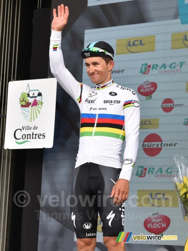 Michal Kwiatkowski (Etixx-QuickStep) in the rainbow jersey