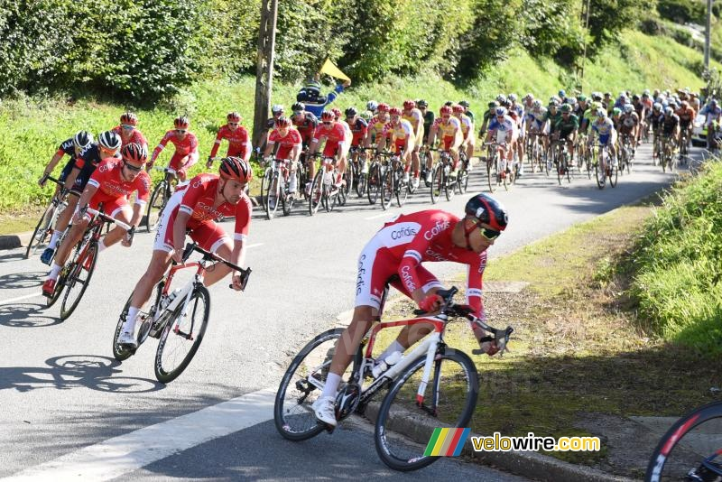 The Cofidis team in front of the peloton