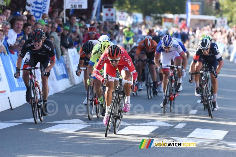 Nacer Bouhanni (Cofidis) on his way to victory