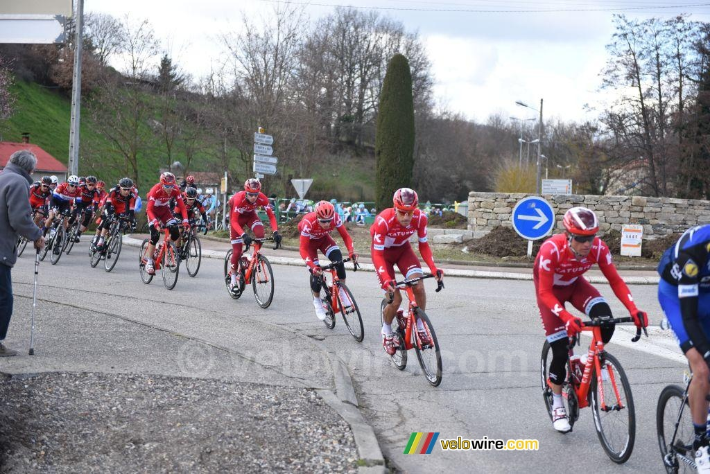 The Katusha team in the peloton in Mornant