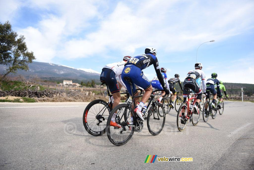 The breakaway goes off to the Mont Ventoux