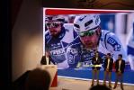 Marc Madiot présente les 3 leaders de l'équipe : Arnaud Démare, Arthur Vichot & Thibaut Pinot (235x)