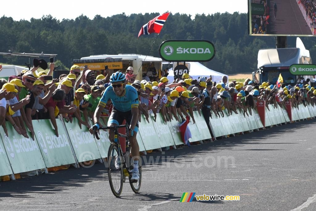 Omar Fraile (Astana) wins the stage in Mende