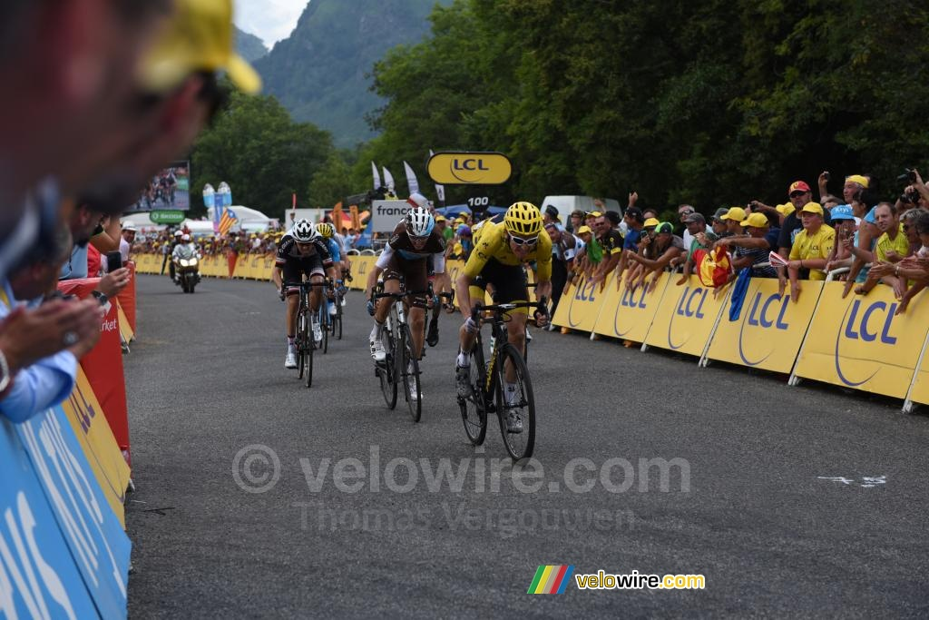 Geraint Thomas (Team Sky) takes the second place