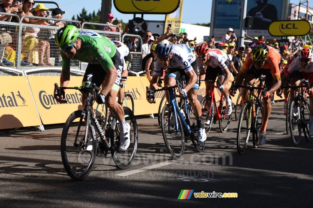 Peter Sagan wins the stage