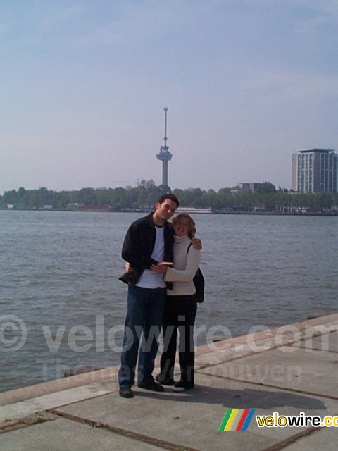 [The Netherlands - Rotterdam] Isabelle & Cédric in front of the Euromast