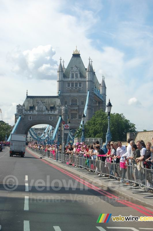 A l'approche du Tower Bridge