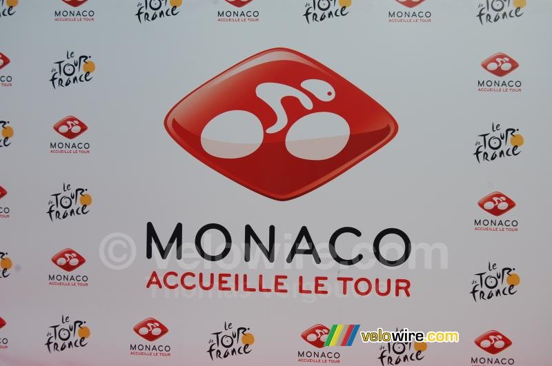 The background for TV interviews: Monaco accueille le Tour