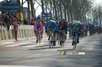 William Bonnet wins the sprint in Limoges