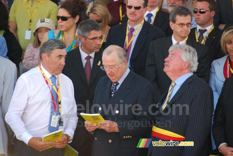 Eddy Merckx, the King of Belgium and the mayor of Brussels