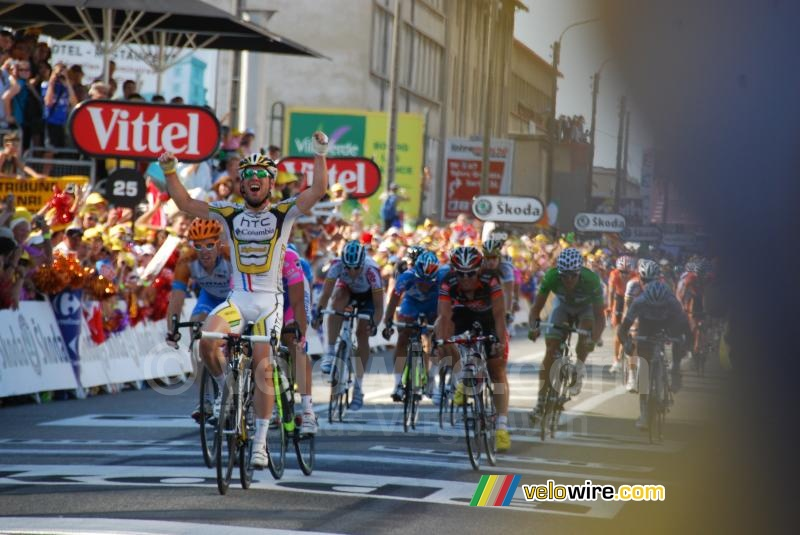 Mark Cavendish (HTC-Columbia) wint de etappe
